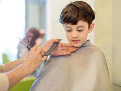 生肖算命,2020年二月十五妇女节可以理发